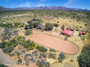 5+ Privately Gated and Fenced Stargazers' Ranch with Complete HORSE Facilities.
