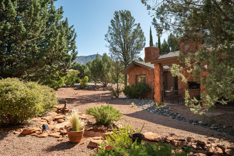 85 Pebble Drive Sedona, AZ 86351