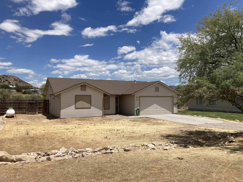 5825 N Vicki Lane Rimrock, AZ 86335