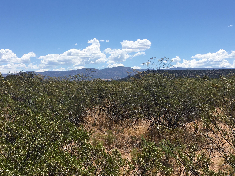 N Kit Carson Rimrock, AZ 86335