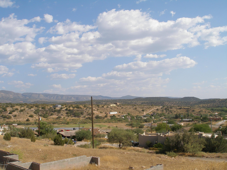 5885 N Bentley Drive Rimrock, AZ 86335