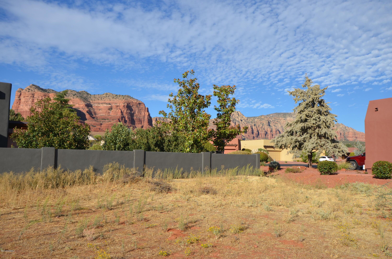 160 Roca Roja Sedona, AZ 86351