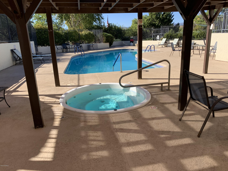 10650 E Oak Creek Valley Drive Cornville, AZ 86325