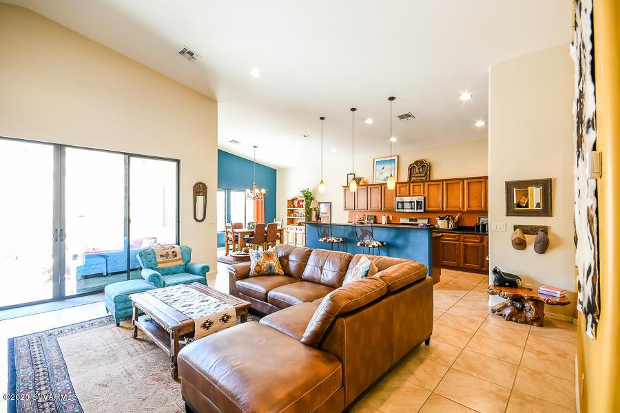 6175 N Stratford Court Rimrock, AZ 86335