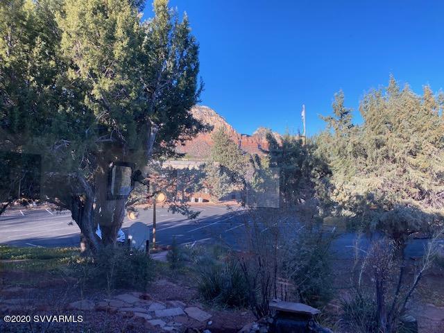 65 Deer Trail Drive Sedona, AZ 86336