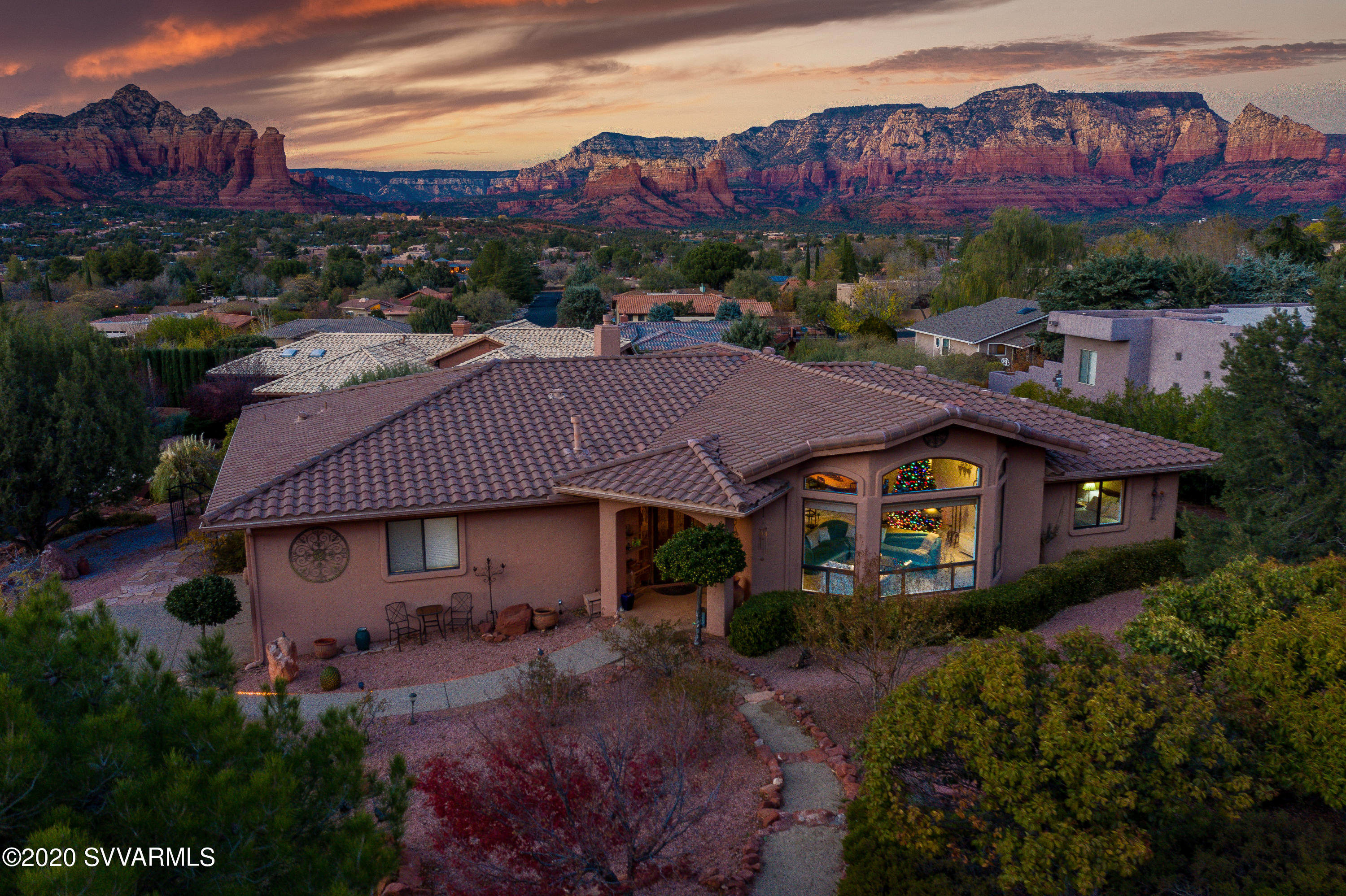 10 Rockridge Circle Sedona, AZ 86336