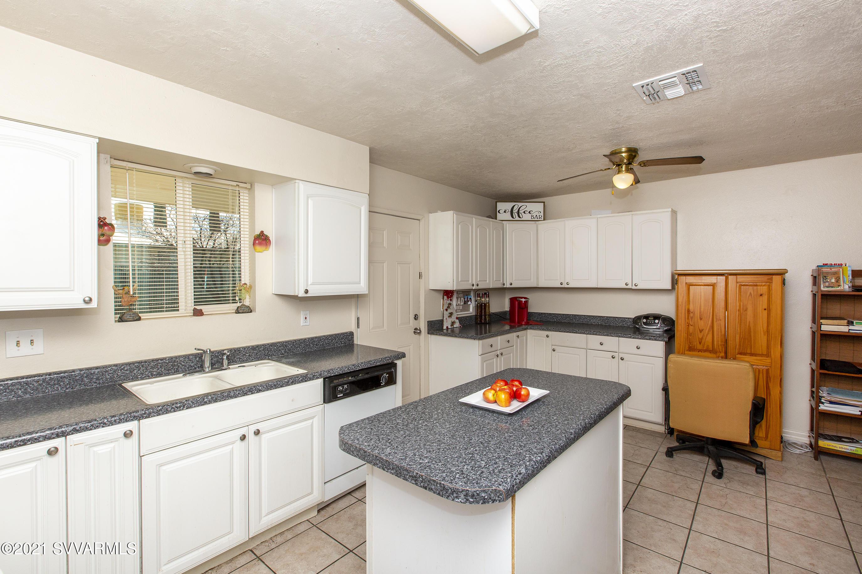 1719 E Cherry St Cottonwood, AZ 86326