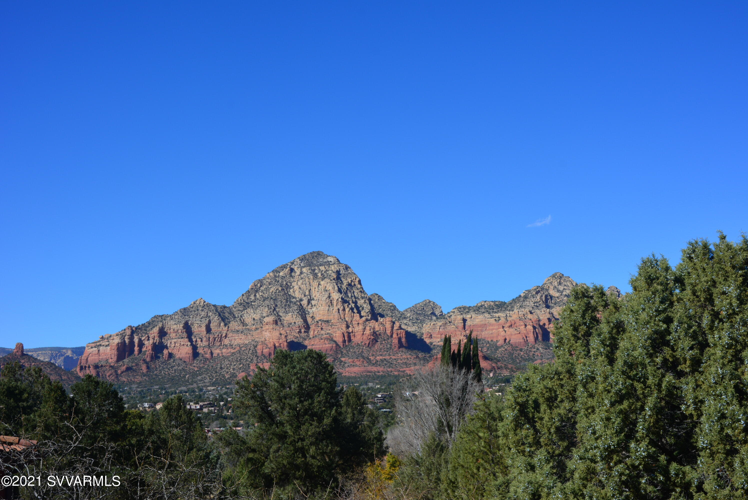 55 Forest Circle Sedona, AZ 86336
