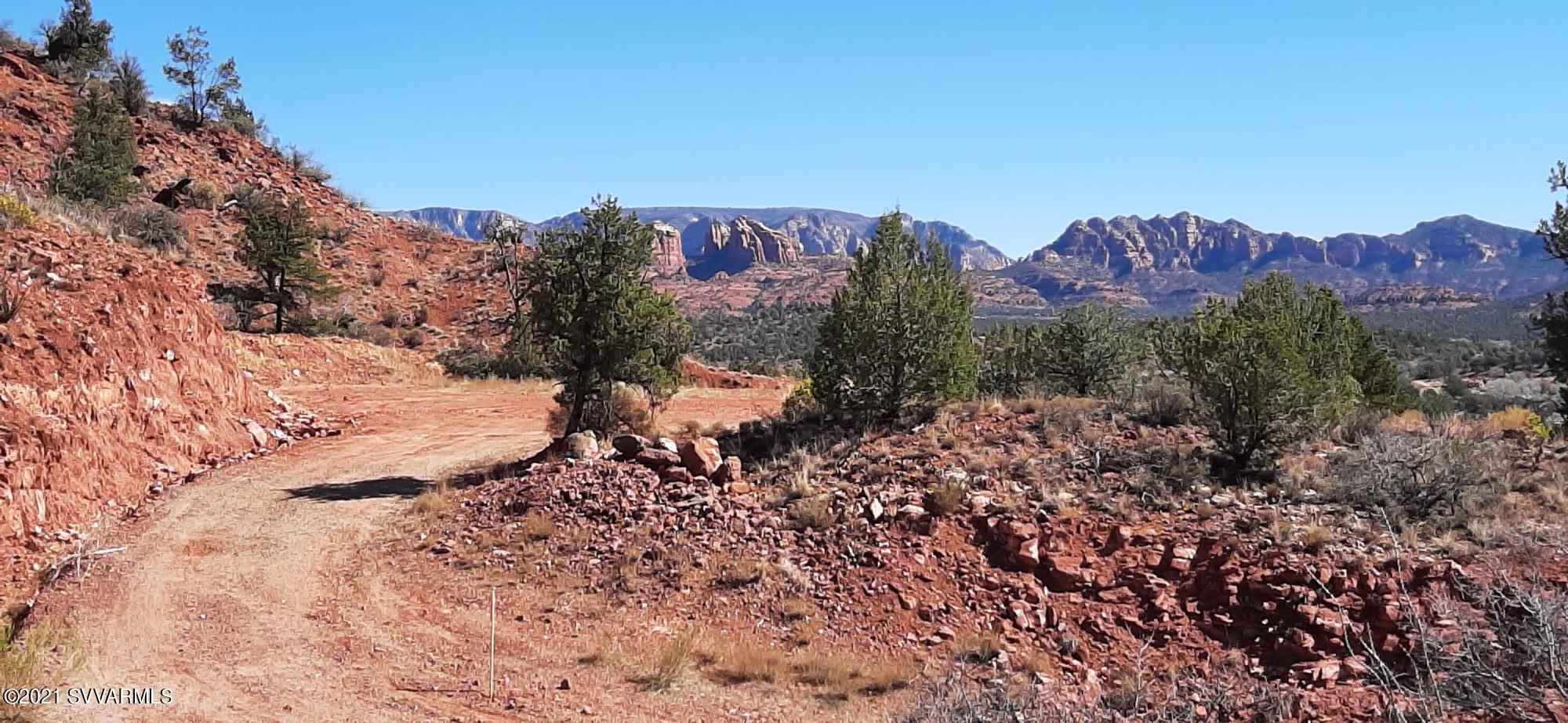 4951 Red Rock Loop Rd Sedona, AZ 86336