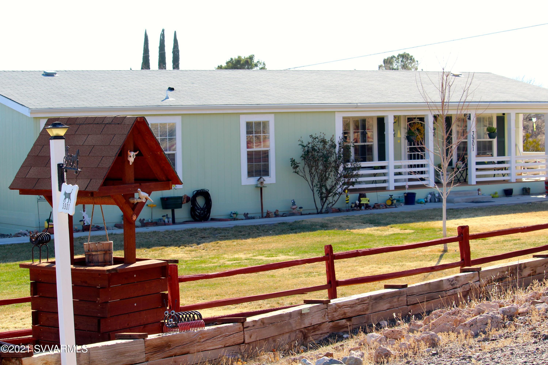 3901 Mountain View Rd Rimrock, AZ 86335