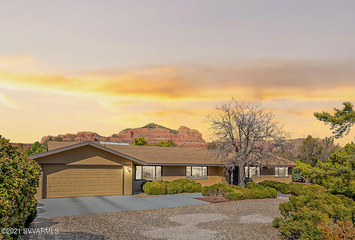 320 Deer Pass Drive Sedona, AZ 86351