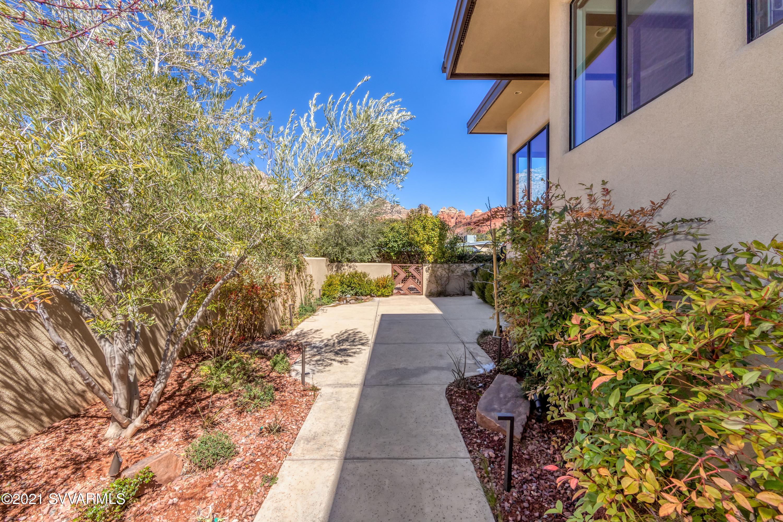 130 Grasshopper Lane Sedona, AZ 86336