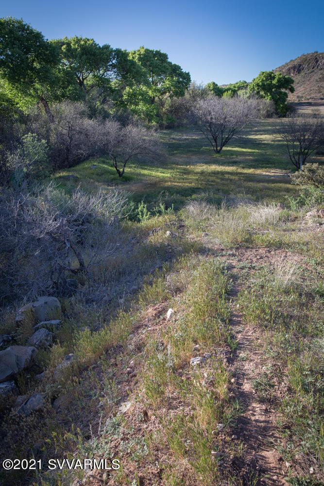 11025 E Waddel Rd Cornville, AZ 86325