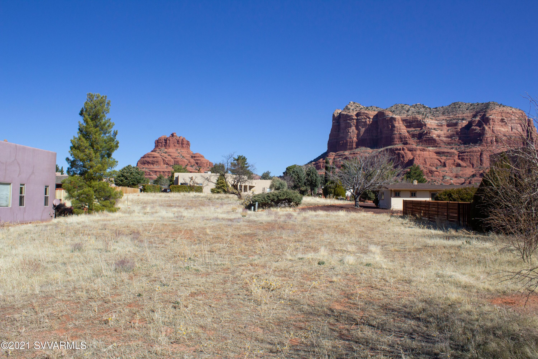 25 Apache Drive Sedona, AZ 86351