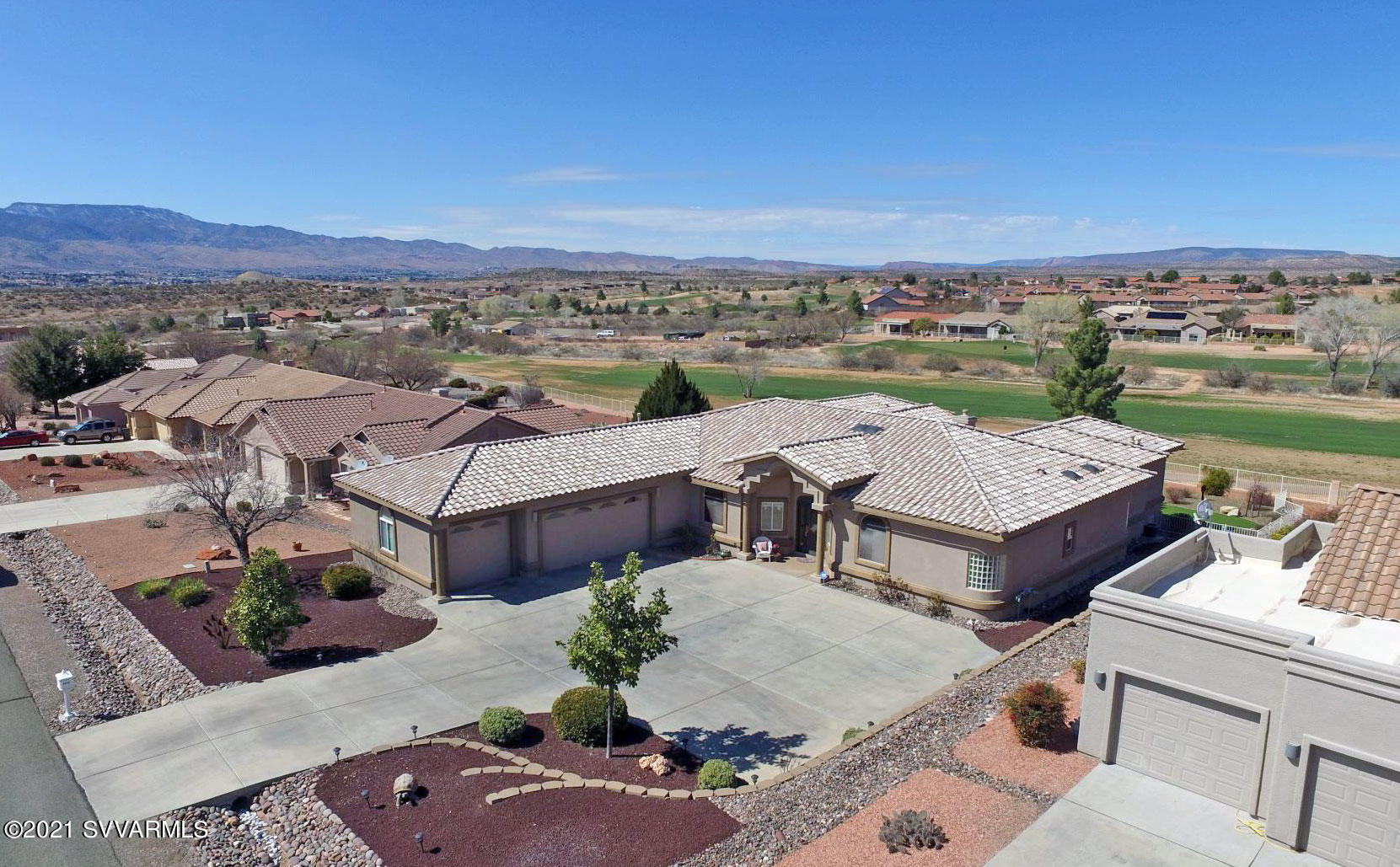 1075 Verde Santa Fe Pkwy Cornville, AZ 86325