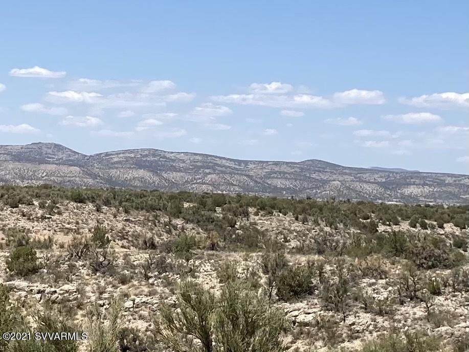 4150 E Gray Hawk Lane Rimrock, AZ 86335