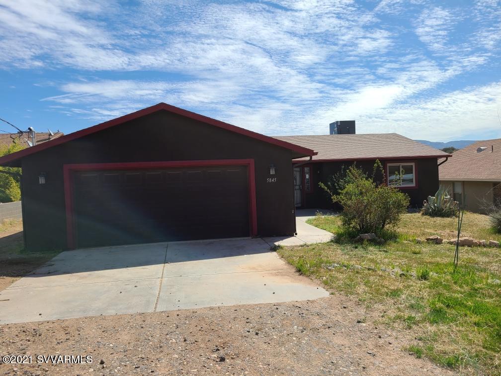5845 N Bentley Drive Rimrock, AZ 86335