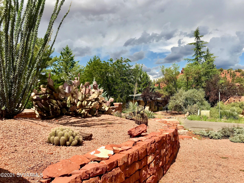 20 Frisco Tr Sedona, AZ 86351