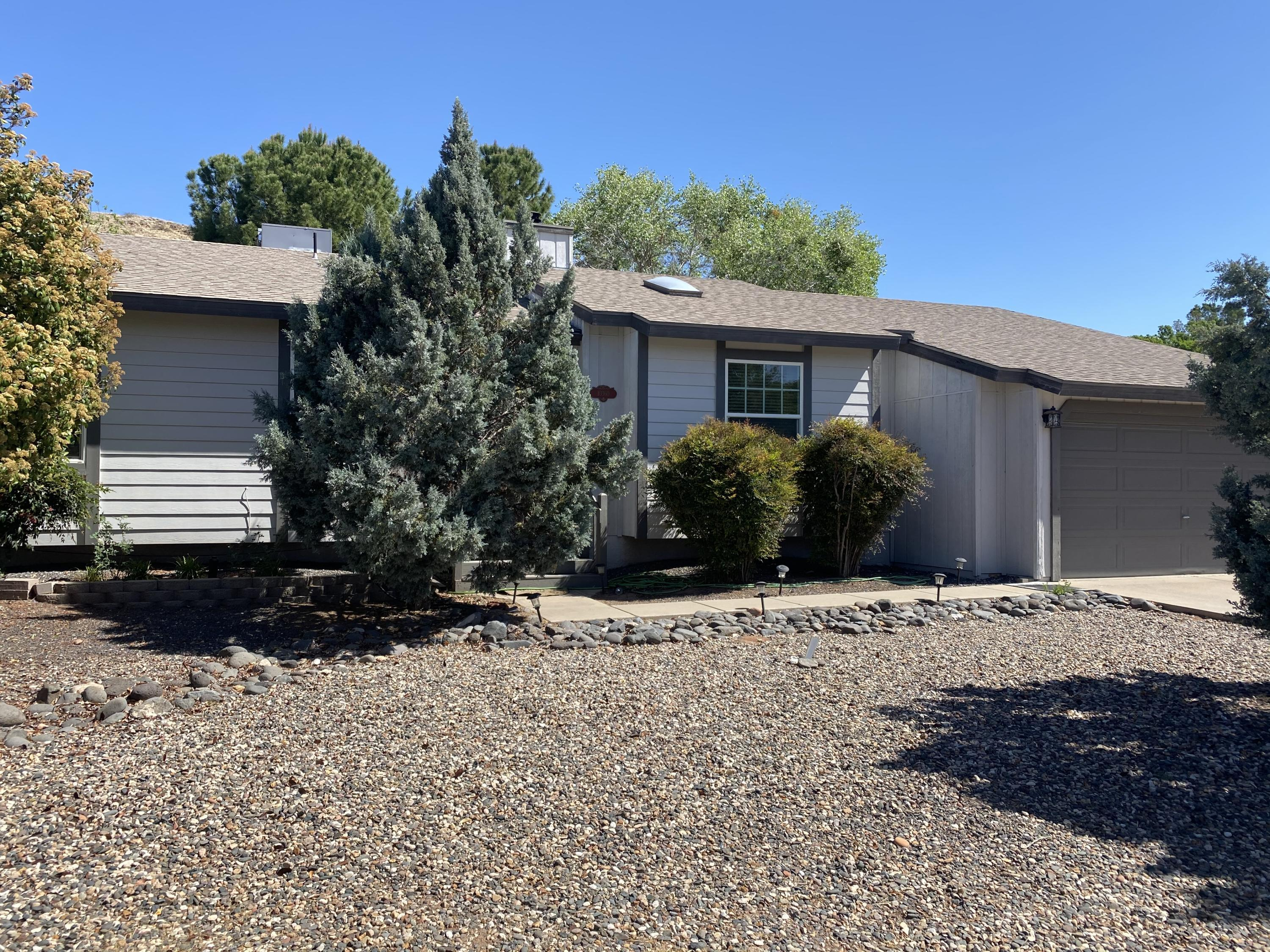 10360 E Oak Creek Valley Drive Cornville, AZ 86325