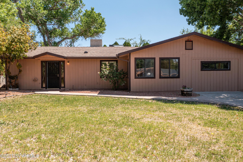 3291 E Montezuma Ave Rimrock, AZ 86335