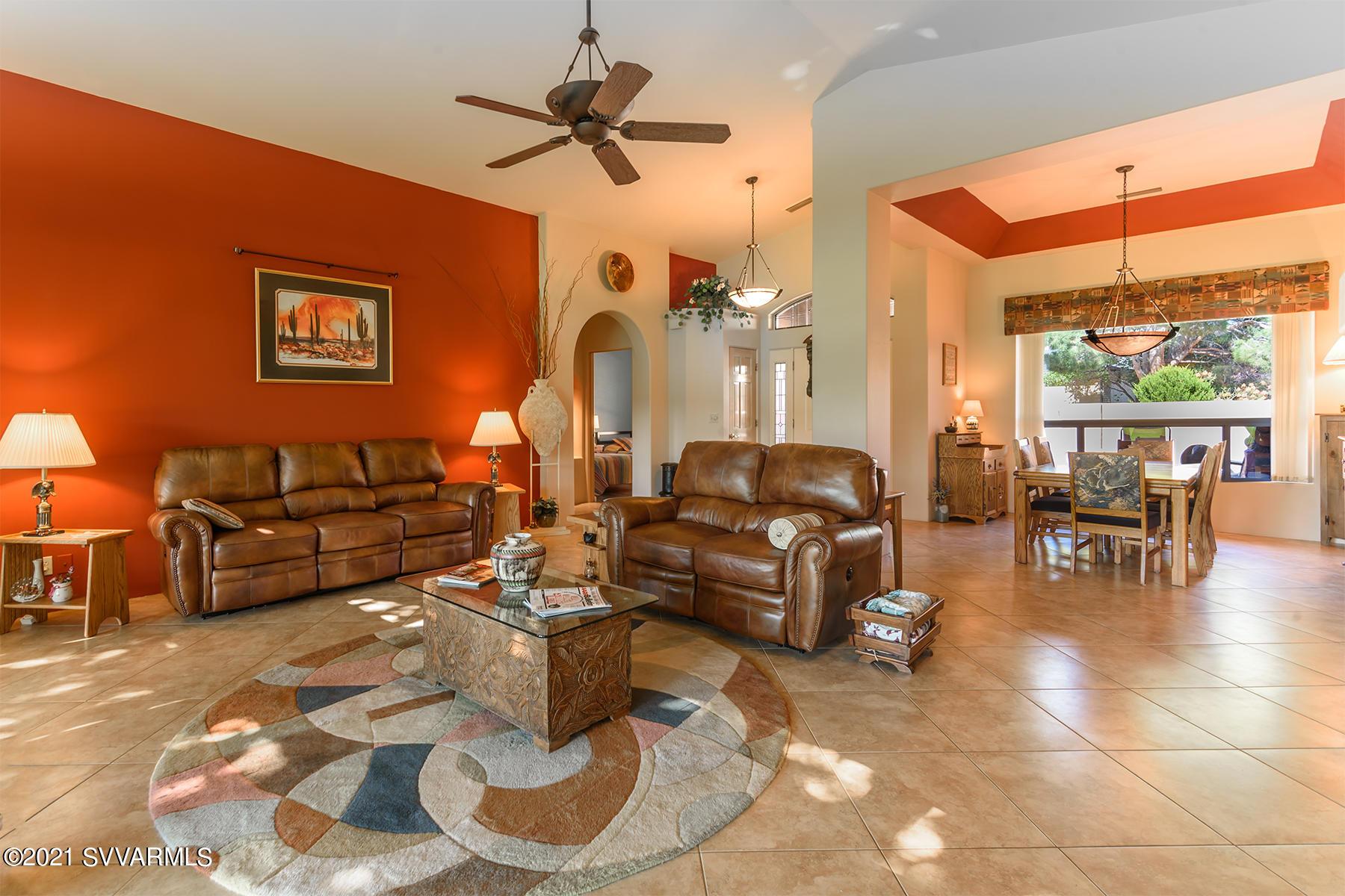 295 Oak Creek Drive Sedona, AZ 86351