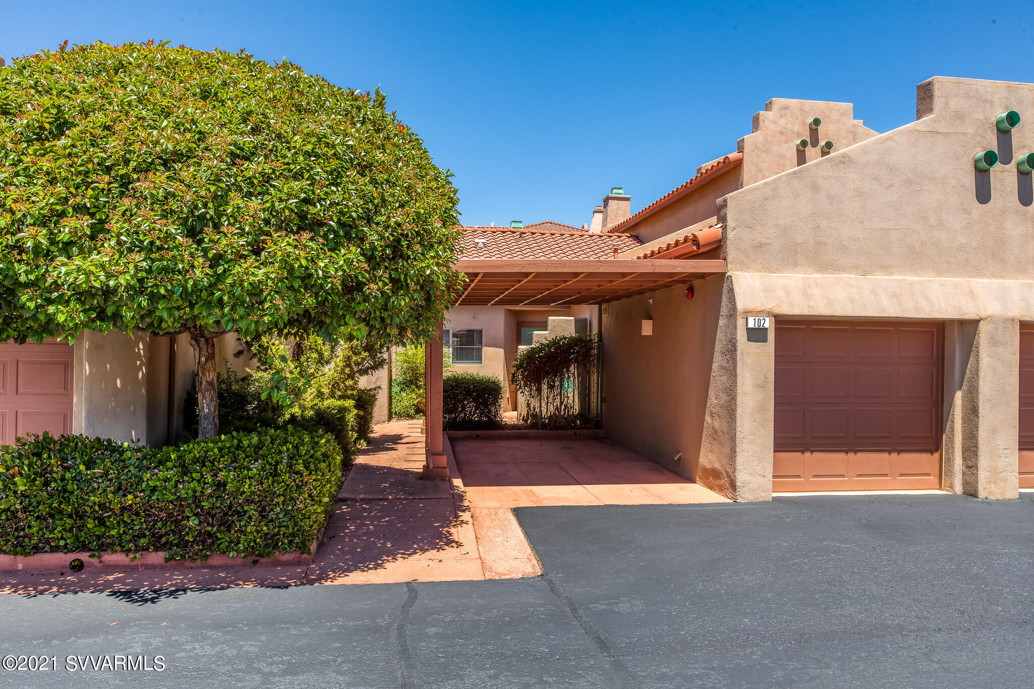 102 Pine Leaf Lane Sedona, AZ 86336