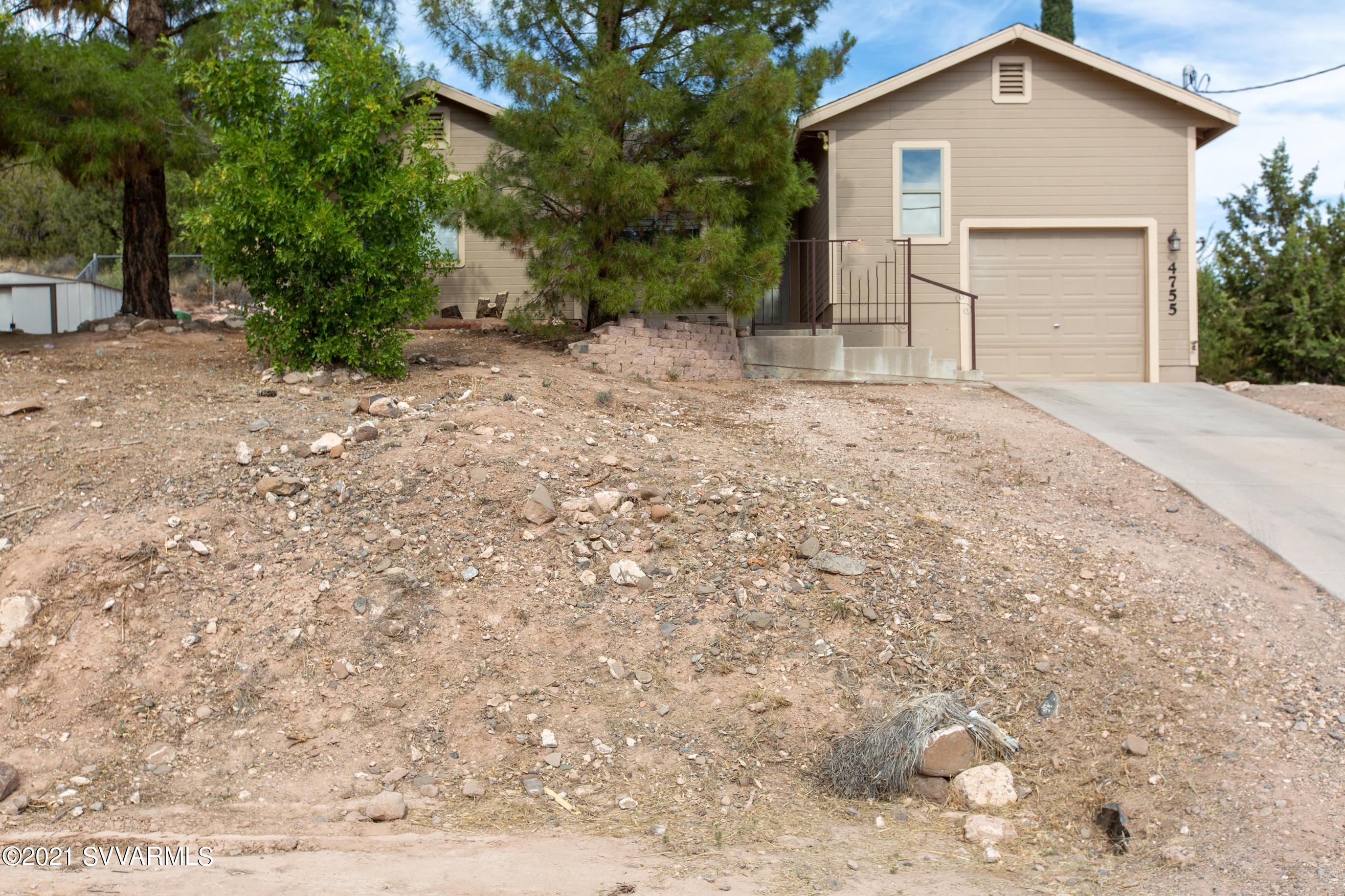 4755 N Gone Fishin Rd Rimrock, AZ 86335