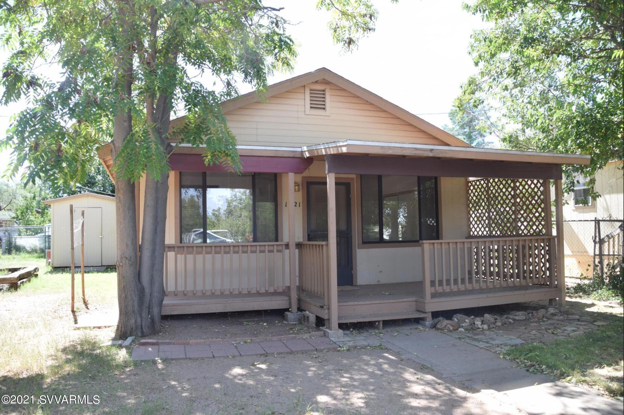 1221 E Coconino St Cottonwood, AZ 86326