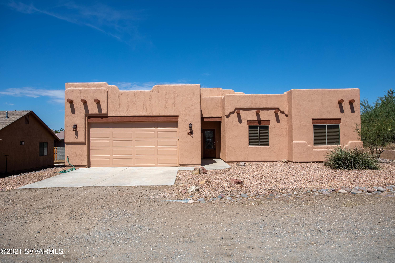 5680 N Laura Lane Rimrock, AZ 86335