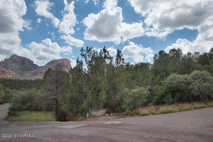 61 Craigmont Drive Sedona, AZ 86336
