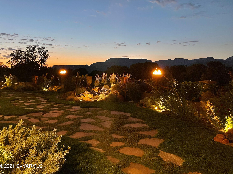 115 Camino Del Caballo Sedona, AZ 86336