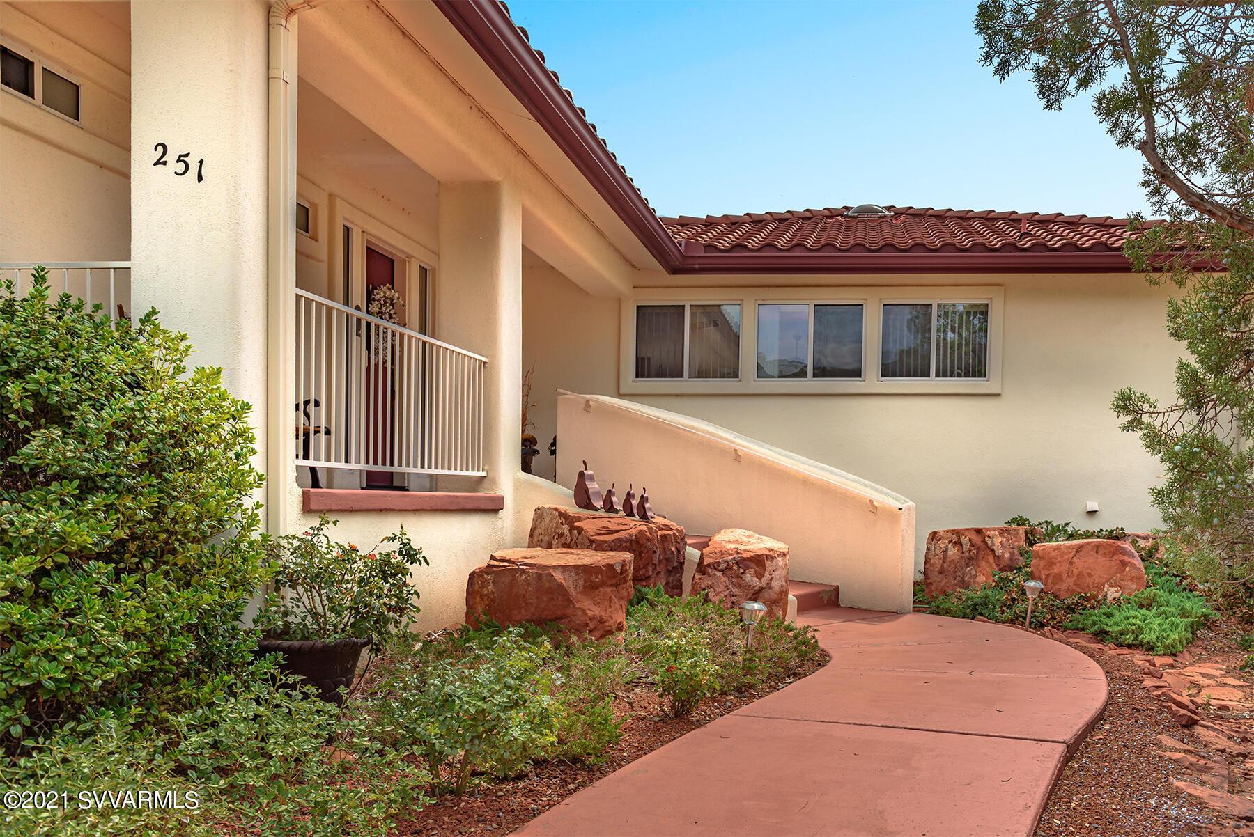 251 E Saddlehorn Rd Sedona, AZ 86351