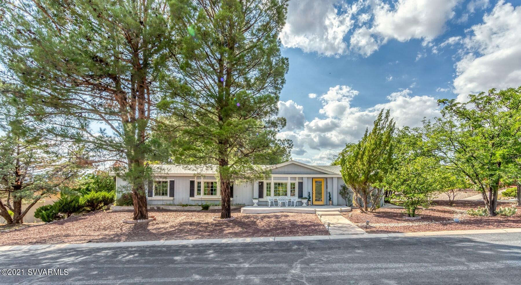10835 E Oak Creek Valley Drive Cornville, AZ 86325