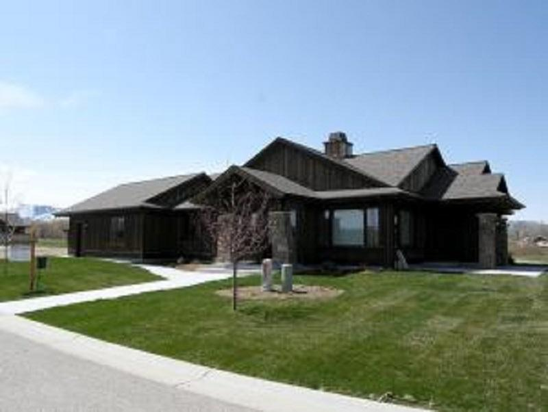 207 Concho Court, Sheridan, Wyoming 82801, 3 Bedrooms Bedrooms, ,3 BathroomsBathrooms,Residential,For Sale,Concho,17-828