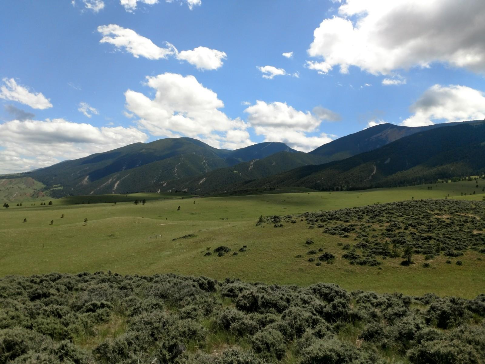 2 US HWY 14, Dayton, Wyoming 82836, ,Building Site,For Sale,US HWY 14,18-713