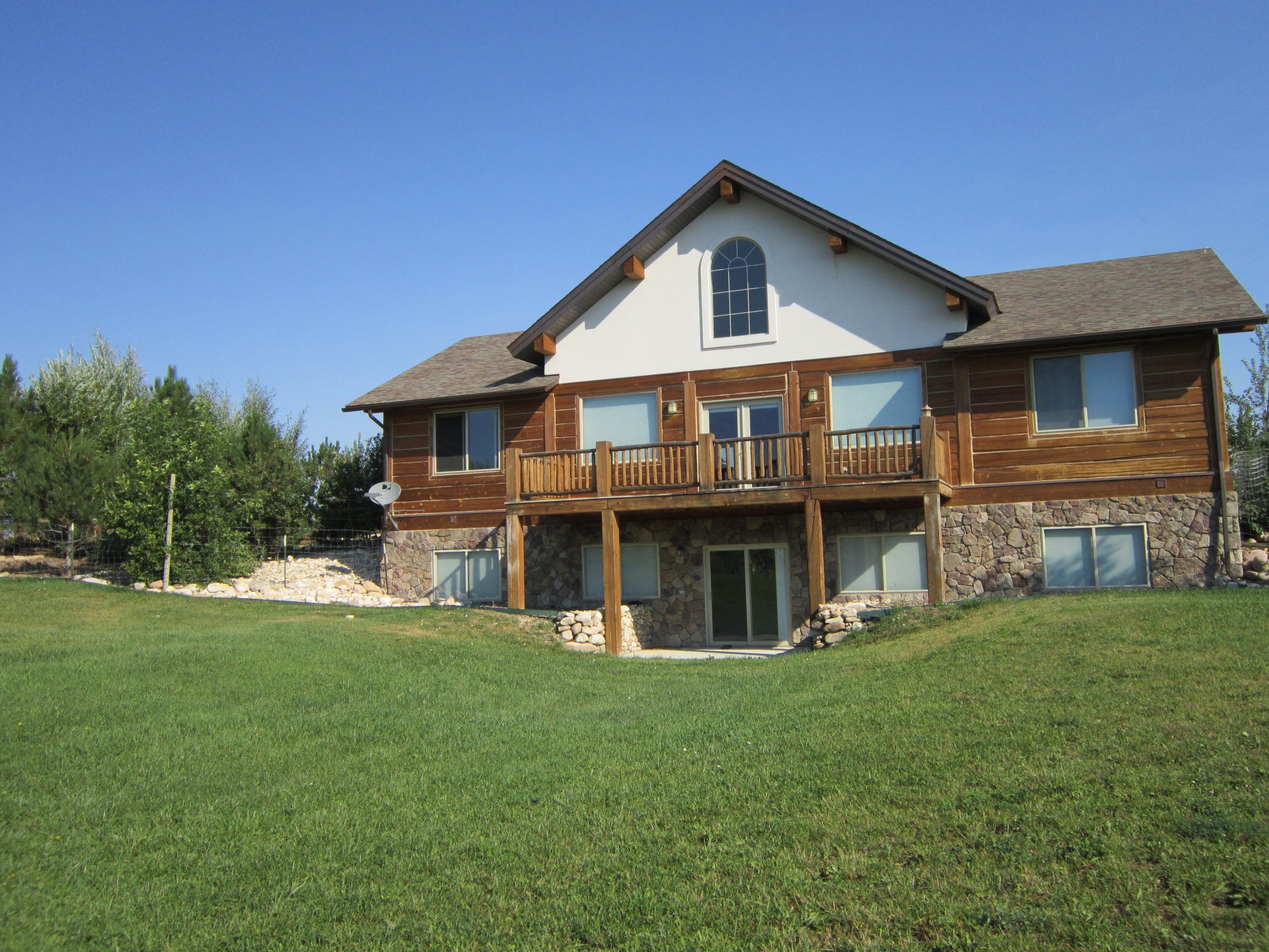 2 Valley Road, Big Horn, Wyoming 82833, 5 Bedrooms Bedrooms, ,4 BathroomsBathrooms,Residential,For Sale,Valley,18-819