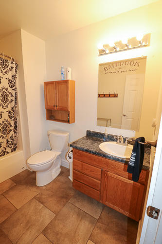 39 Jewell Road, Sheridan, Wyoming 82801, 5 Bedrooms Bedrooms, ,3.5 BathroomsBathrooms,Residential,For Sale,Jewell,18-1009