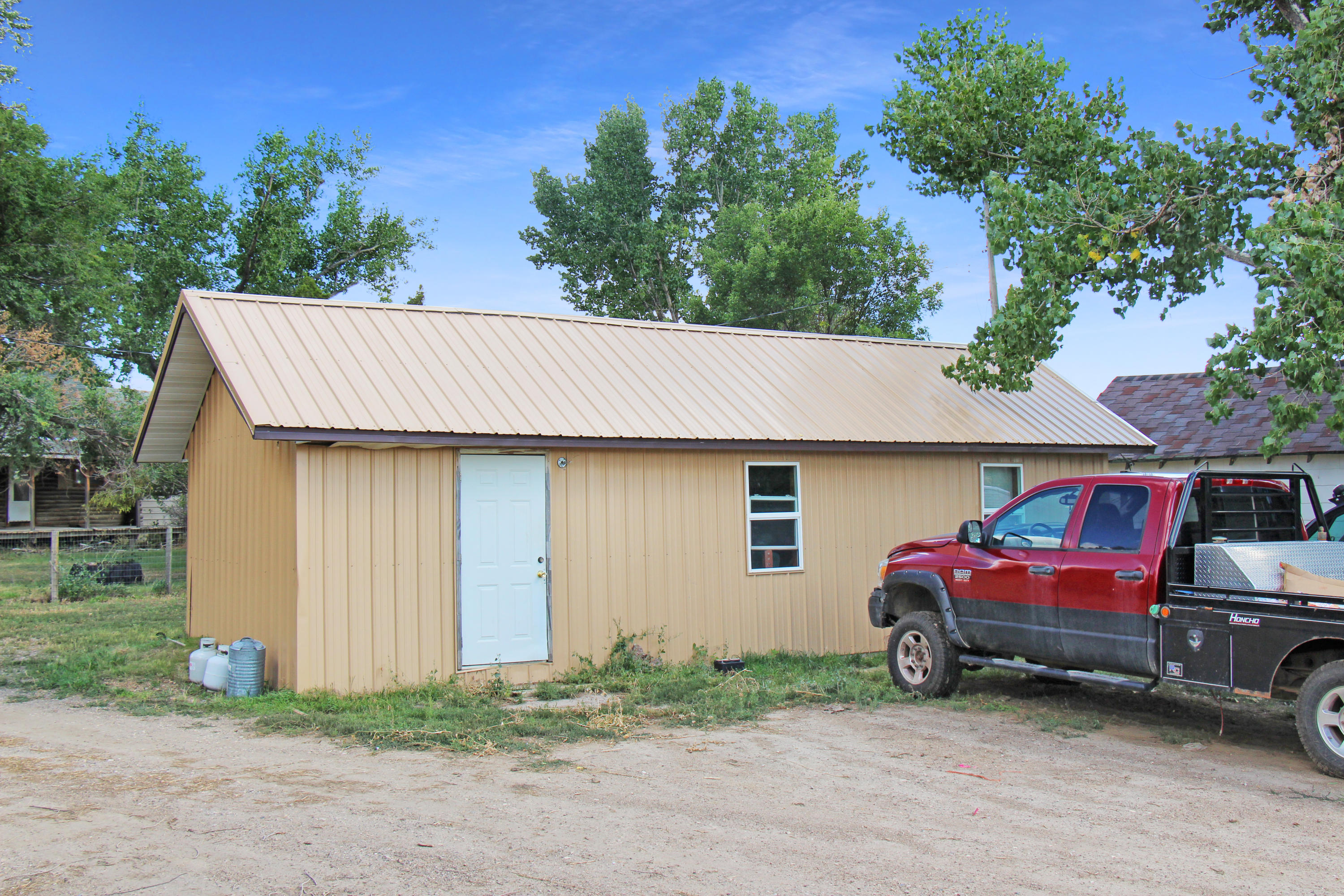 5521 US HWY 14-16, Arvada, Wyoming 82831, 3 Bedrooms Bedrooms, ,2.5 BathroomsBathrooms,Ranch,For Sale,US HWY 14-16,18-1057