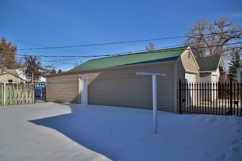 135 5th Street, Sheridan, Wyoming 82801, 4 Bedrooms Bedrooms, ,1 BathroomBathrooms,Residential,For Sale,5th,19-47