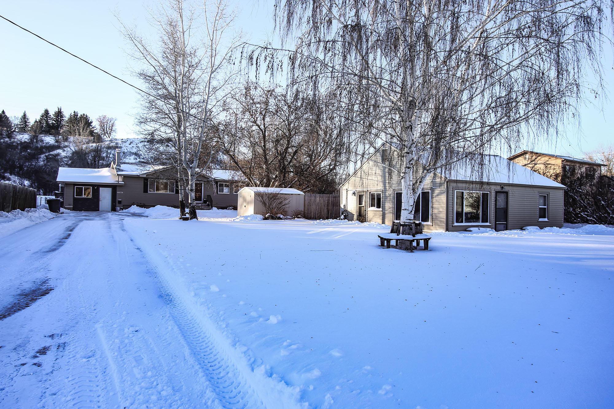 742/746 Harrison Street, Sheridan, Wyoming 82801, 4 Bedrooms Bedrooms, ,2 BathroomsBathrooms,Residential,For Sale,Harrison,19-91