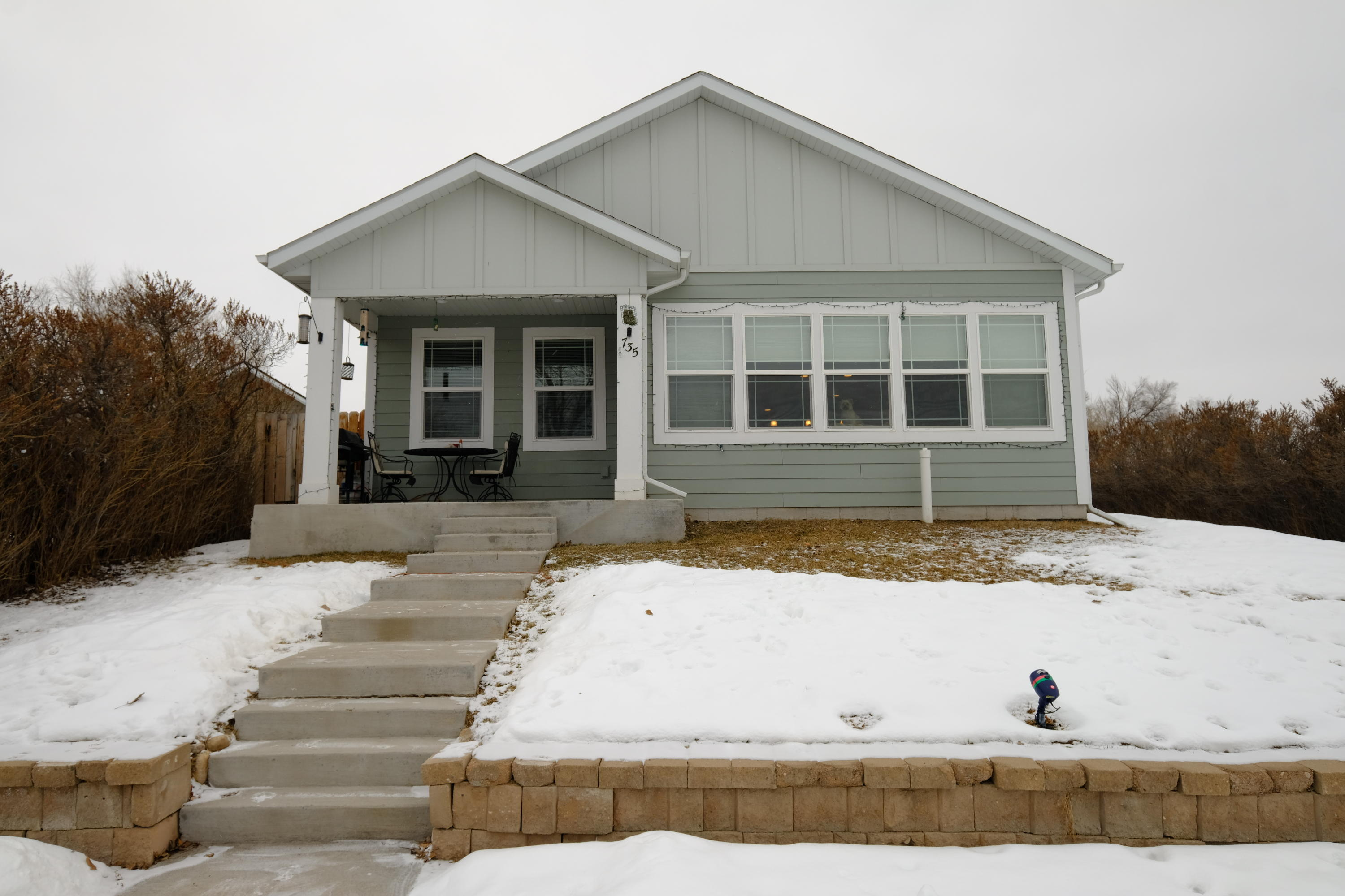 735 W 8th Street, Sheridan, Wyoming 82801, 3 Bedrooms Bedrooms, ,2 BathroomsBathrooms,Residential,For Sale,8th,19-132