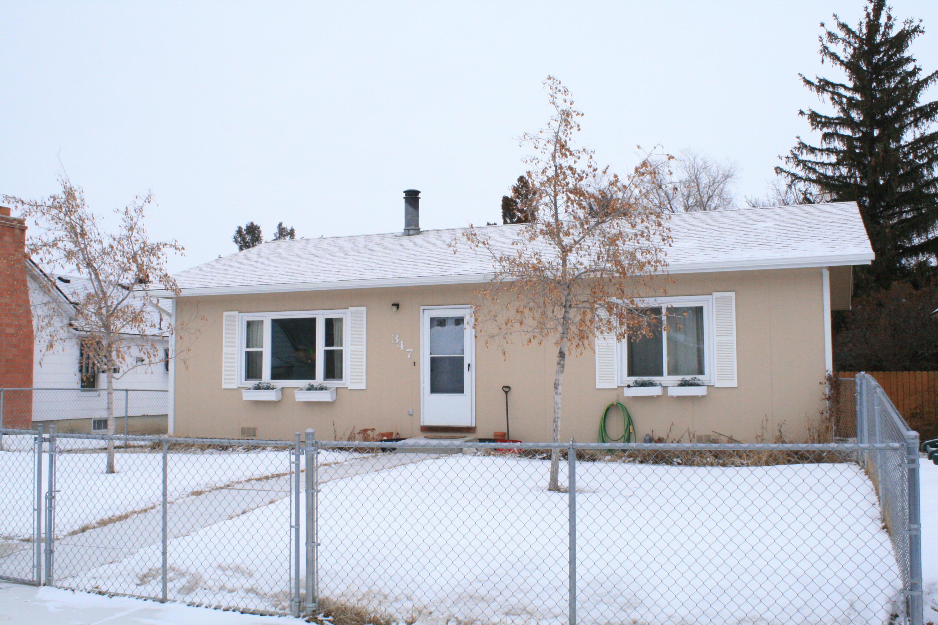 347 Wyoming Avenue, Sheridan, Wyoming 82801, 2 Bedrooms Bedrooms, ,1 BathroomBathrooms,Residential,For Sale,Wyoming,19-145