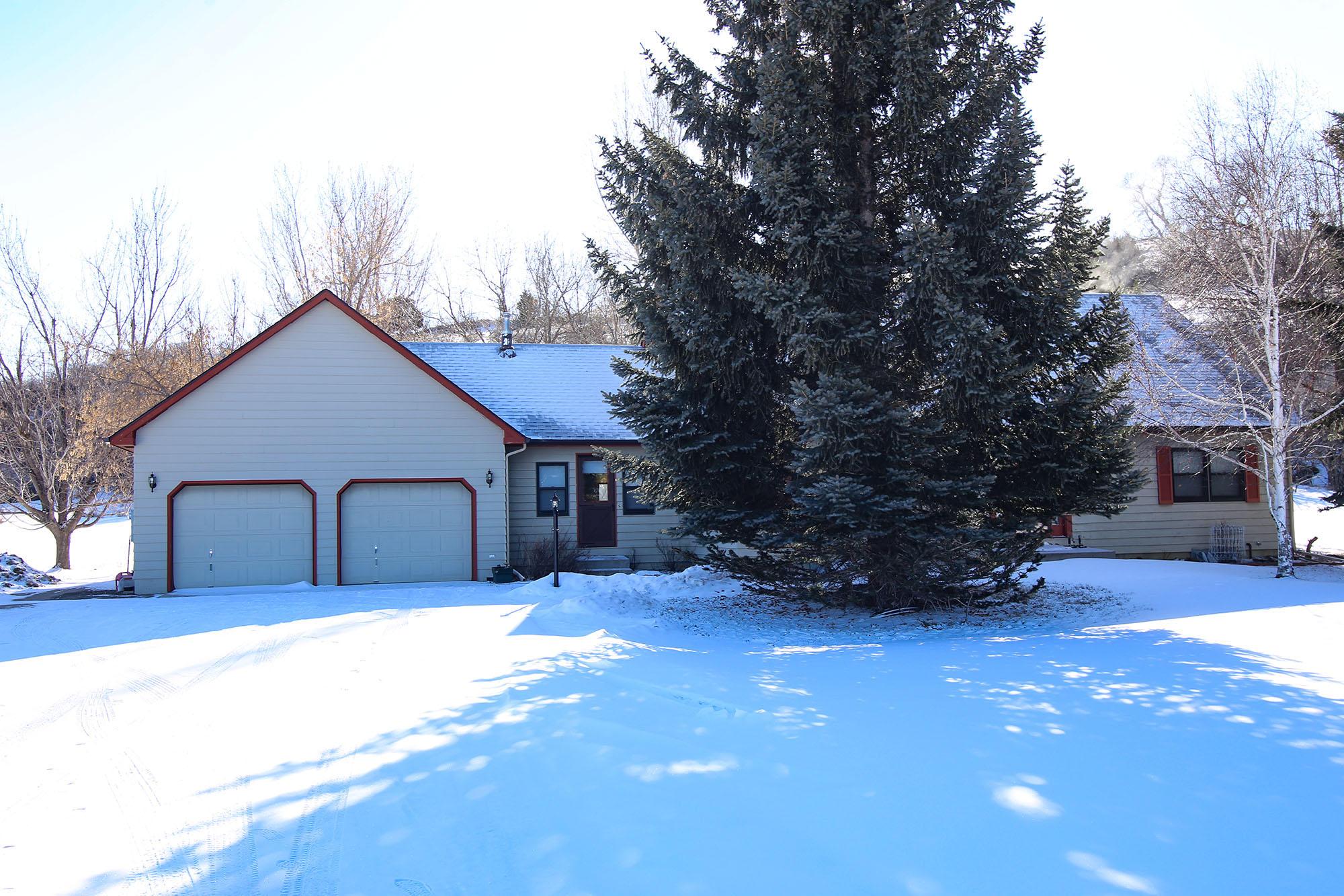 34 Harlequin Drive, Sheridan, Wyoming 82801, 4 Bedrooms Bedrooms, ,2.5 BathroomsBathrooms,Residential,For Sale,Harlequin,19-142