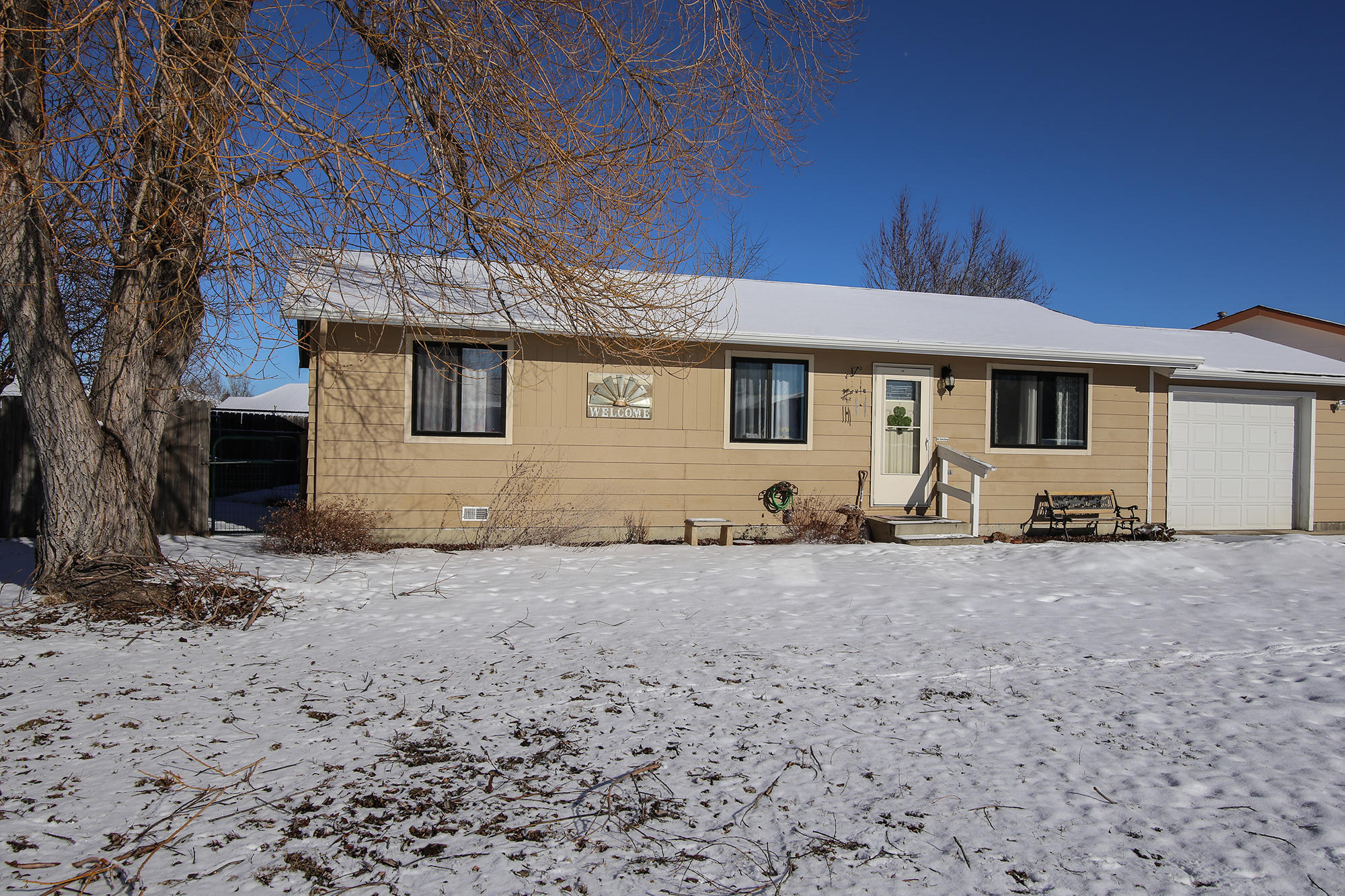 1537 North Heights Drive, Sheridan, Wyoming 82801, 3 Bedrooms Bedrooms, ,1 BathroomBathrooms,Residential,For Sale,North Heights,19-183