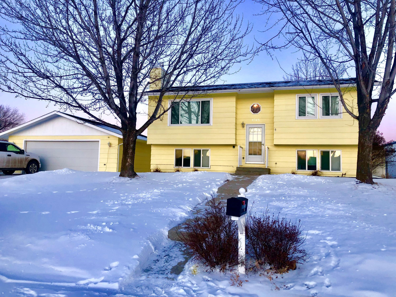 1765 Holmes Avenue, Sheridan, Wyoming 82801, 3 Bedrooms Bedrooms, ,2 BathroomsBathrooms,Residential,For Sale,Holmes,19-196