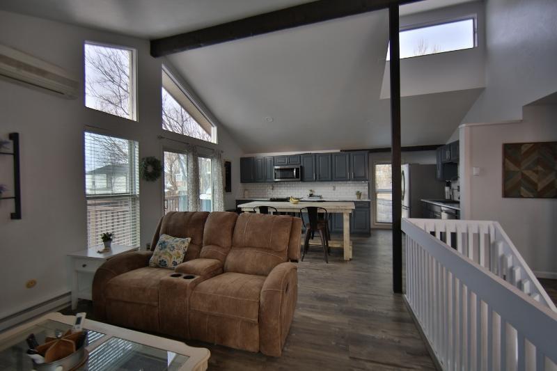 318 Pheasant Place, Sheridan, Wyoming 82801, 3 Bedrooms Bedrooms, ,2 BathroomsBathrooms,Residential,For Sale,Pheasant,19-200