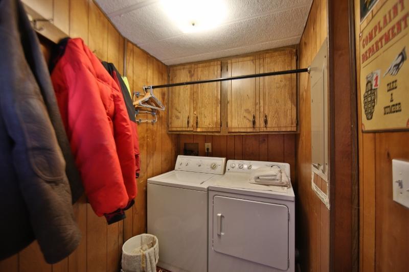 1511 Mydland Road, Sheridan, Wyoming 82801, 3 Bedrooms Bedrooms, ,2 BathroomsBathrooms,Residential,For Sale,Mydland,19-211