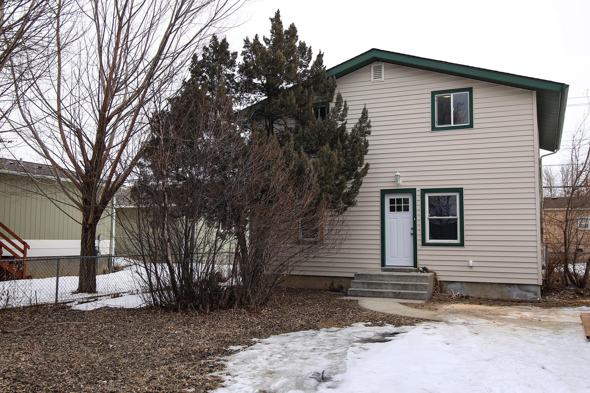 1745 Val Vista Street, Sheridan, Wyoming 82801, 4 Bedrooms Bedrooms, ,2 BathroomsBathrooms,Residential,For Sale,Val Vista,19-217