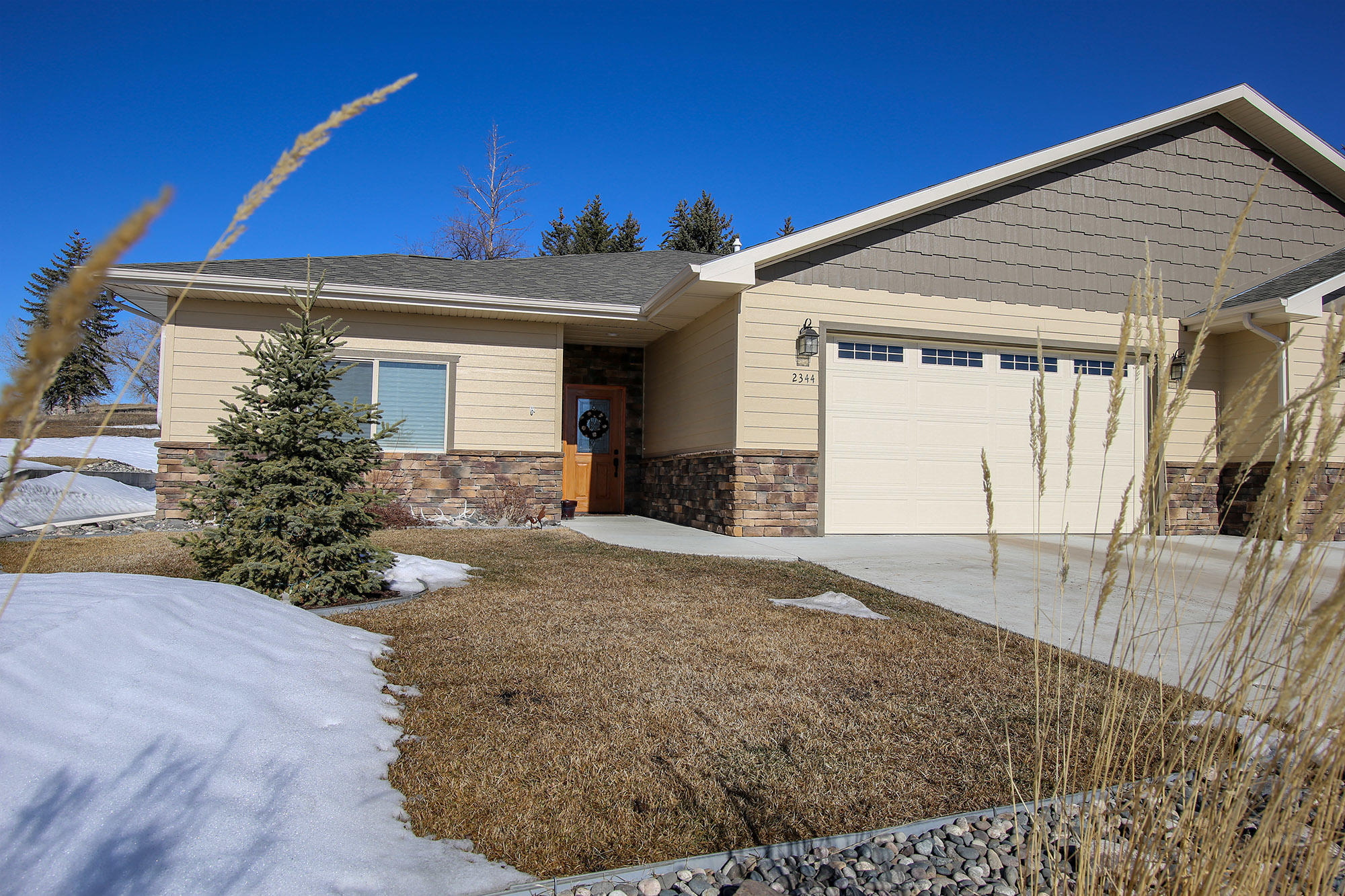 2344 Aspen Grove Drive, Sheridan, Wyoming 82801, 2 Bedrooms Bedrooms, ,2 BathroomsBathrooms,Residential,For Sale,Aspen Grove,19-232