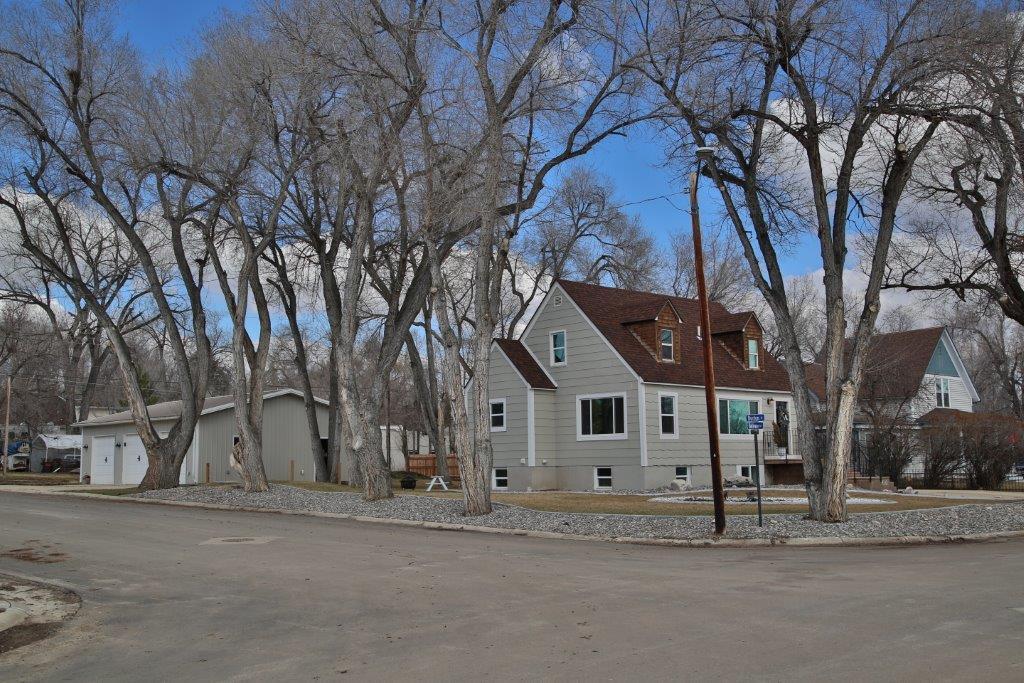 910 Bellevue Avenue, Sheridan, Wyoming 82801, 3 Bedrooms Bedrooms, ,3 BathroomsBathrooms,Residential,For Sale,Bellevue,19-267